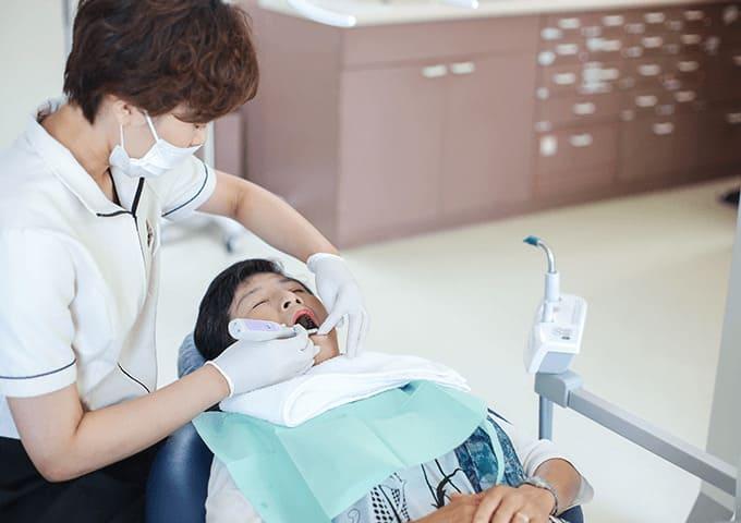 現在の歯と歯ぐき、顎の状態を知りましょう